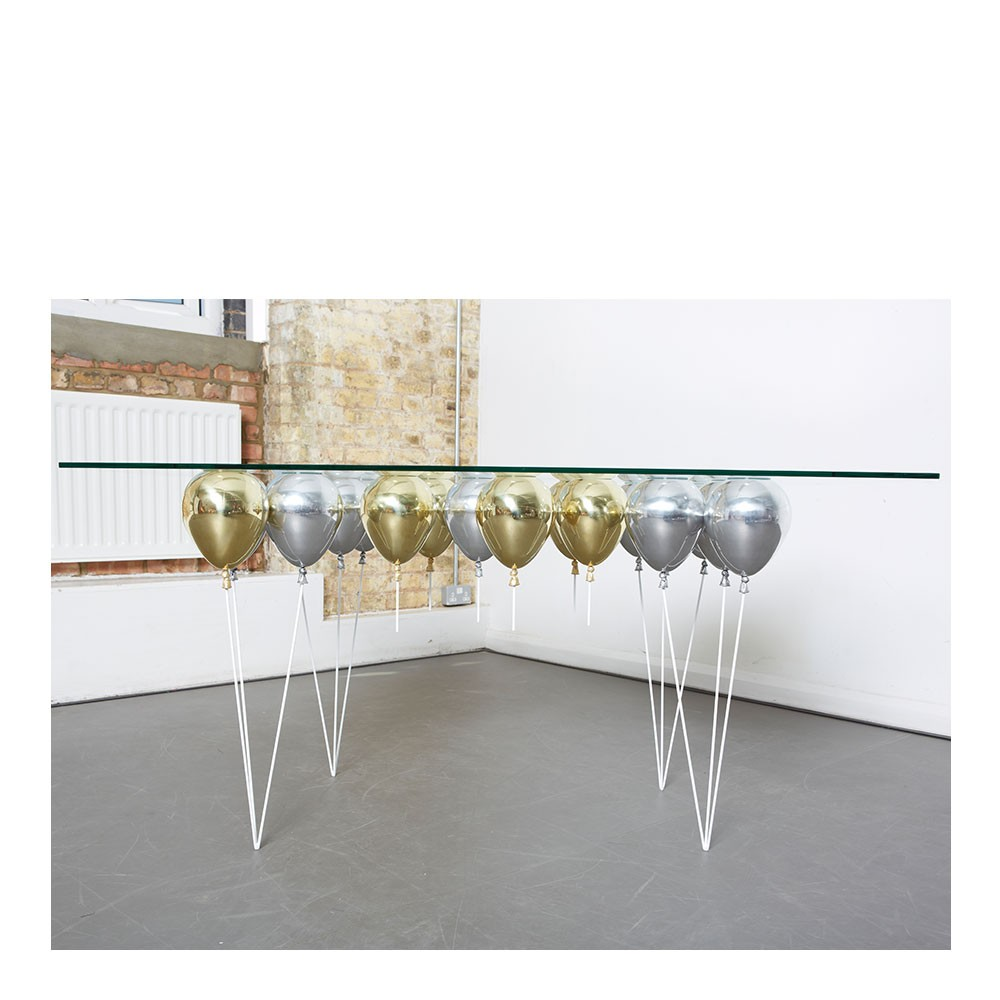 UP Ballon Dining Table