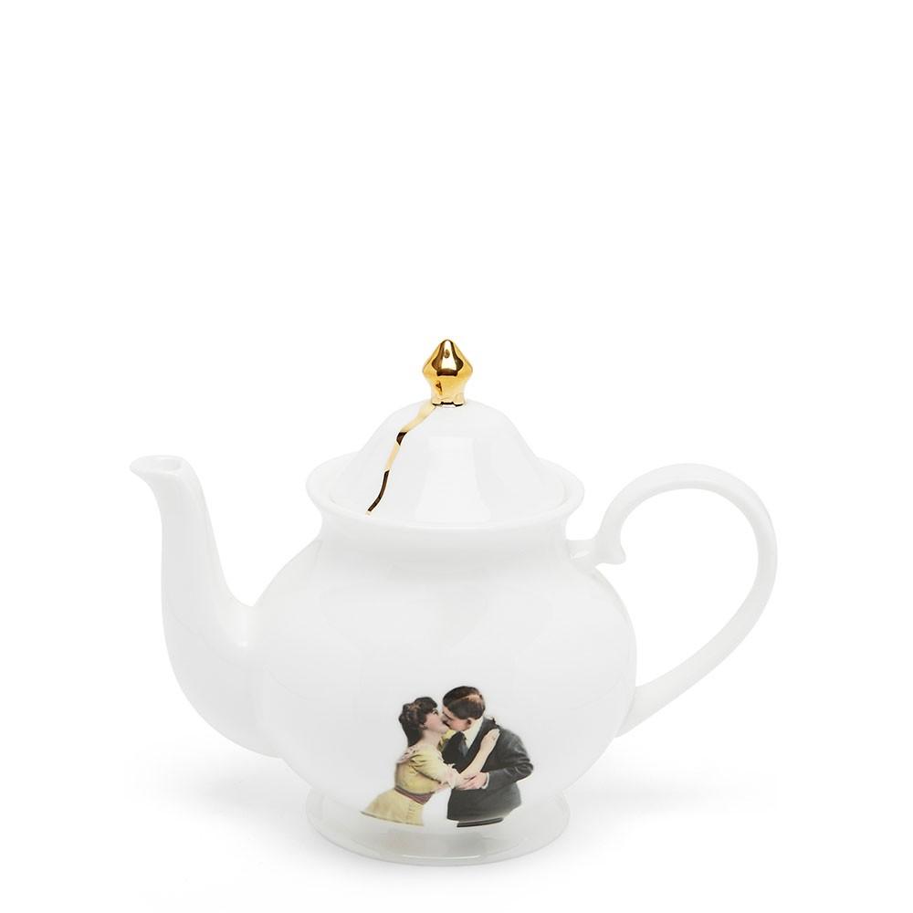 Kissing Couple Small Teapot