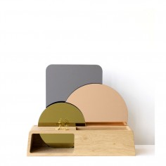 DIAPRÉ Wood Display with Mirrors